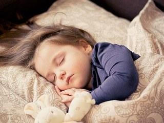 子供睡眠.jpg