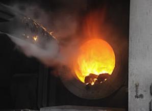 貿易戦争・アルミ溶解炉・.PNG