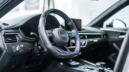 09_abt_rs4-r_interior.jpg