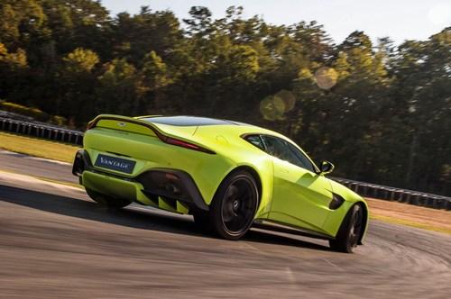 Aston-Martin-Vantage.jpg